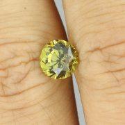 Schöner Mali Granat im Rundschliff John Dyer Hand 1,61 ct.